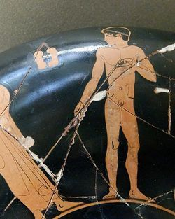 Lancer du javelot dans l'Antiquité - Vikidia, l'encyclopédie des 8-13 ans