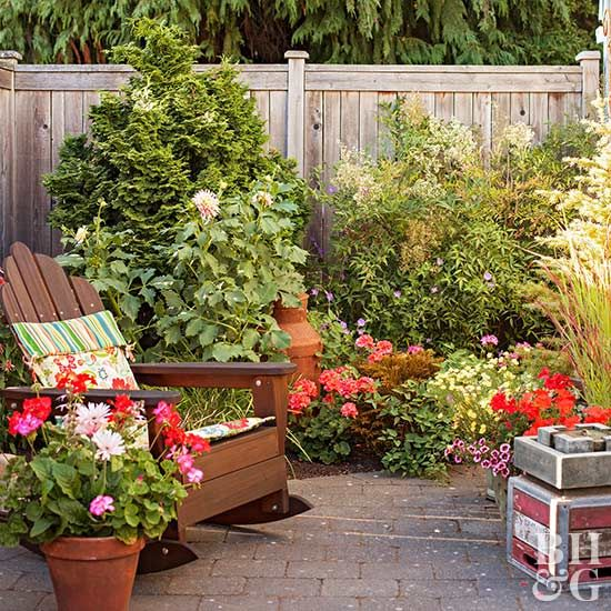 Before And After Small Garden Makeover Garden Makeover Small Garden Pallet Garden