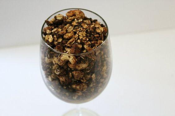 Chocolate Banana Cashew Granola | Strength and Sunshine