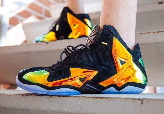 nike lebron 11 ext kings crown on feet An On Feet Look at the Nike LeBron 11 EXT Crown Jewel