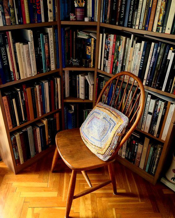 diy cushion - made by @ ruza.qsic #readingcorner