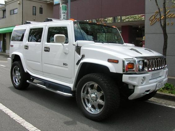white h2 hummer my second must have vehicle purchase except in pearl white nice rides. Black Bedroom Furniture Sets. Home Design Ideas