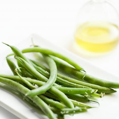 Diet Food: Green Beans  This summer veggie staple is a great low cal and fat free source of fiber and iron, says Vicario. Not a fan of green beans? Hide them in this hearty and healthy bean salad (a great lighter alternative to potato salad for picnics).