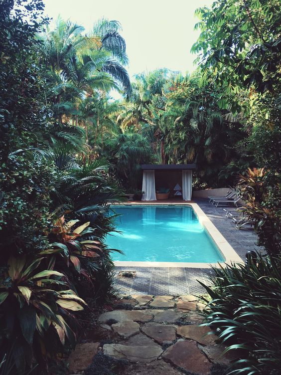 101 Bilder von Pool im Garten - schwimmbad pool palmen infinity - schwimmbad im garten