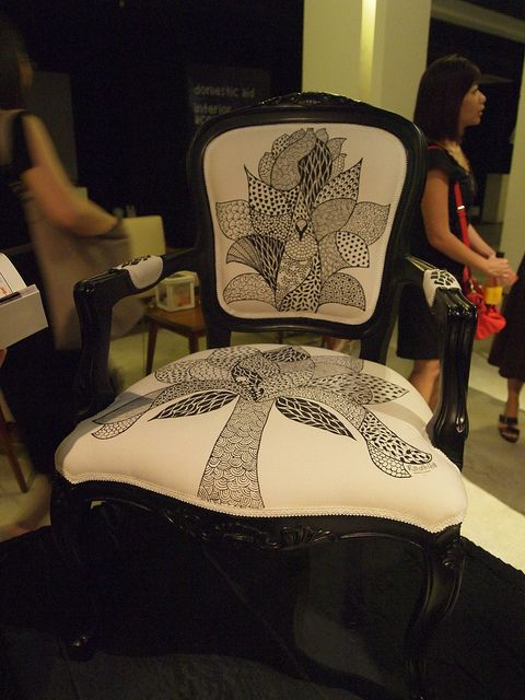 Chairity2012 - Arts and Design Against Cancer by Artitute Art, via Flickr