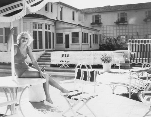 Jean Harlow at home, c. 1930s.: