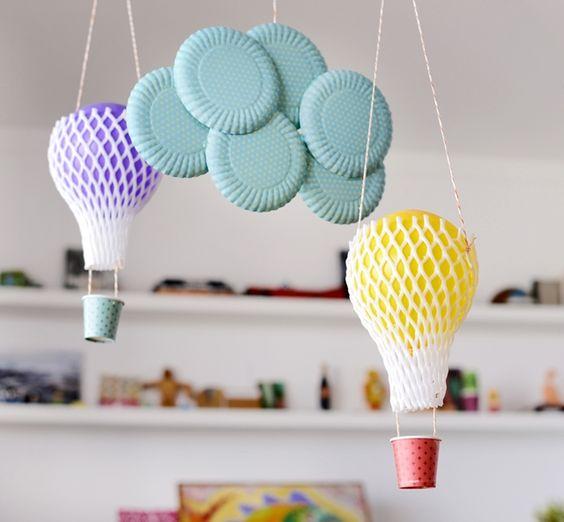 Balões com Materiais Recicláveis