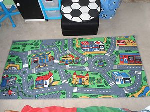 Childrens racing car rug, can interract with cars ...