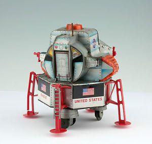 "Spielzeug Modell der Mondfähre ""Apollo II Eagle"" Space Toy Tinplate Blech 1969"