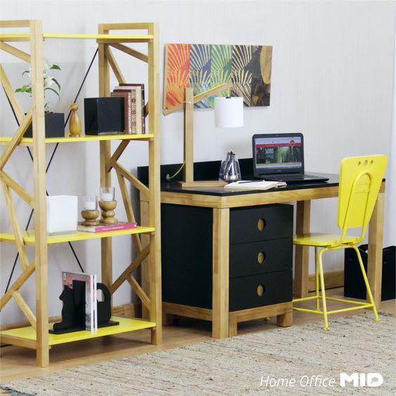 Decoração de home office/escritório colorido, descolado e divertido. #design #decoratingideias #decoraçao #homeoffice #escritorio #pretoeamarelo
