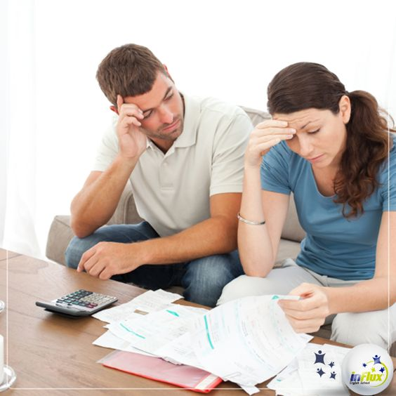 """Hey guys!  Quer aprender a falar """"até o pescoço em dívidas"""" ou ainda """"atolado em dívidas"""" em inglês? Lembre-se que o melhor caminho é fugir da tradução literal!  Então, acesse o inFlux Blog: http://bit.ly/1qFgagB"""
