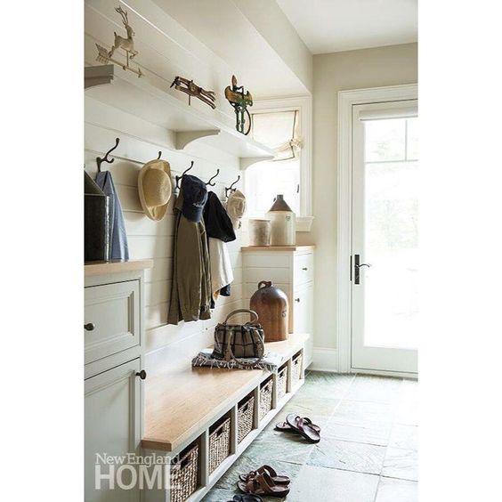 I'm just gonna say it. Come on fall! I'm dreaming of wearing boots again. So naturally I will dream of a mud room like this for all the fall comings and goings.  see more dreamy fall mudrooms  on the blog today! Photo via @nehomemagazine #mudroom