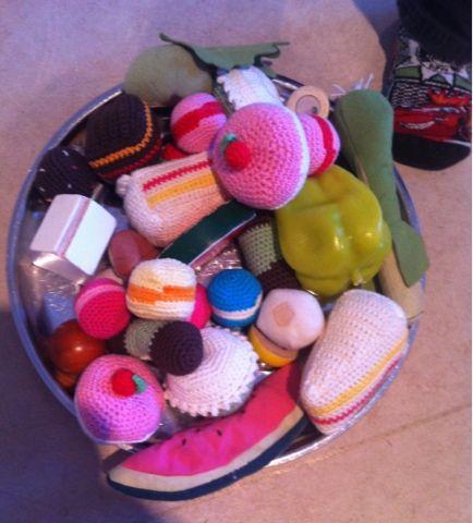 by GJ: Hæklede kager - Crochet cakes
