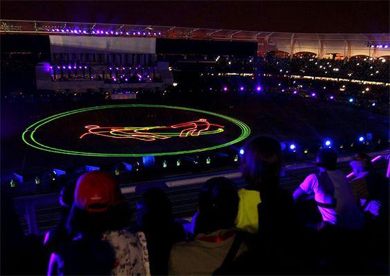 LAS MEJORES IMÁGENES DE LA CEREMONIA DE CLAUSURA DE LOS JUEGOS MUNDIALES Con una mezcla de música del pacifico colombiano, luces electrónicas y el fervor de 40.000 espectadores, los caleños despiden los Juegos Mundiales, el evento deportivo más importante en la historia de la capital vallecaucana.