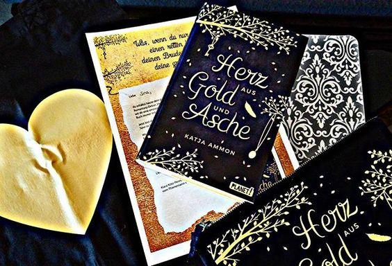 ICH BIN VERLIEBT!!! 😍😍😍😍 Gerade kam dieses Buch bei mir an und es ist sooooo wunderschön. Poste gleich noch ein Bild wie es 'ausgezogen' aussieht.  Ein Schmuckstück!👑 #herzausgoldundasche #thieneesslinger #thienemannverlag