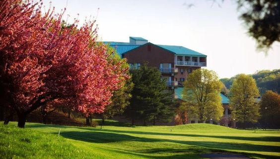 Turf Valley Resort - Nestled on 1,000 secluded acres in a resort setting, Turf Valley is an oasis in the bustling Baltimore-Washington Corridor. We match the convenience and charm of a centralized location with exquisite attention to every detail. From the initial planning until the last guest departs, we are committed to providing the perfect signature wedding reception site.