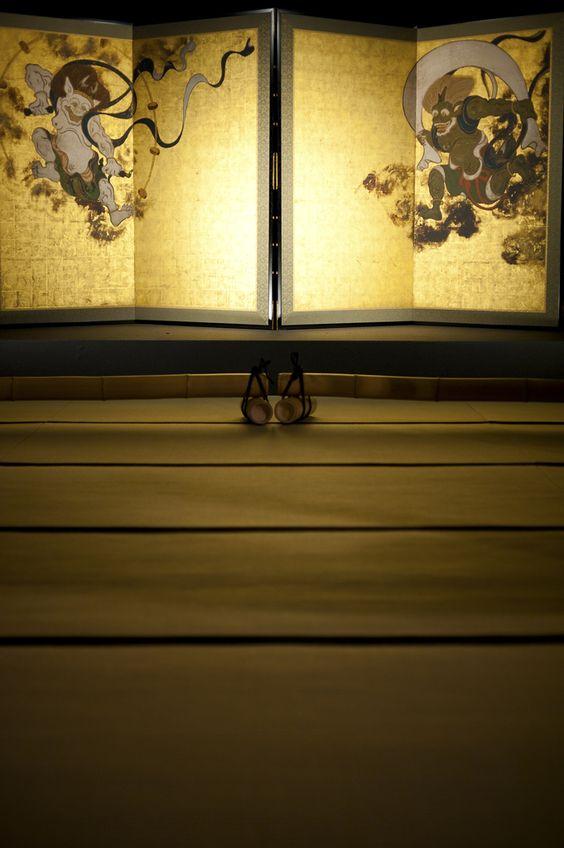 "a pair of two-fold screens ""Fujin and Raijin"" by Tawaraya Sōtatsu, property of Kennin-ji temple, Kyoto: National Treasure of Japan"
