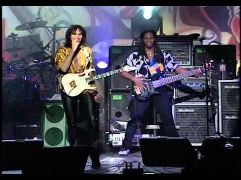 Do you know of the G3 concerts? Rock/fusion guitarists Joe ...