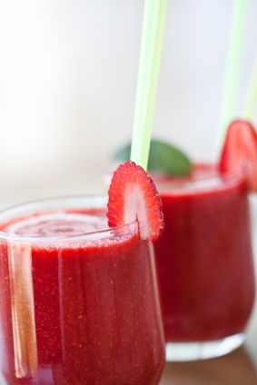 Strawberry lemonade smoothie that sneaks veggies in.
