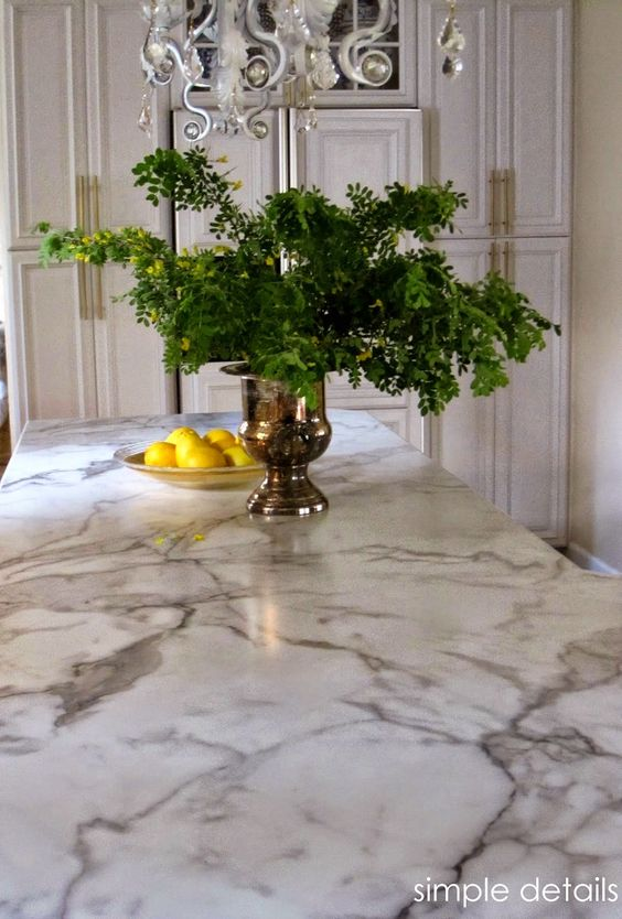 Traditional and classic kitchen looks go well with marble