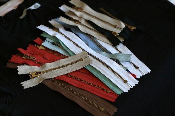 Como fazer: Customizando Camiseta com Zíper | CostureBem.com.br