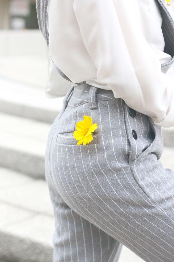 BLENDING IN  http://jenniferbachdim.com/2015/07/07/blending-in/  #dungaree #JenniferBachdim #TheDancingJewels #Jumpsuit #streetstyle #styleblog #fashionblogger