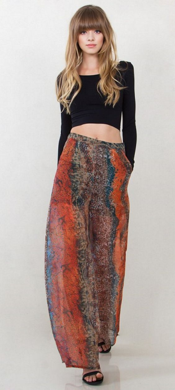 Snake City Pants Multi color snake printed wide leg pants. Front pockets. Partially lined. Side zipper closure.