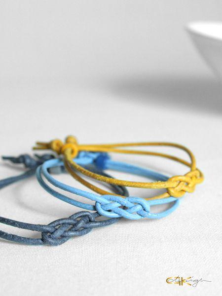 Lederarmbänder - Lederarmband mit Seemannsknoten in vielen Farben - ein Designerstück von GKdesign bei DaWanda