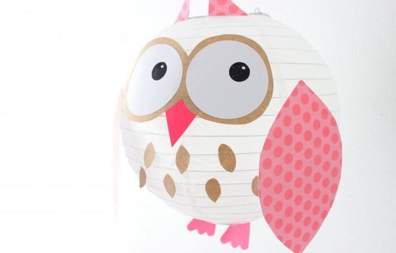 Pasos para decorar una lámpara de papel | Blog de BabyCenter