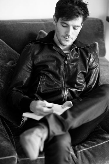 Roo Panes - Musician and Burberry model - Swooning.