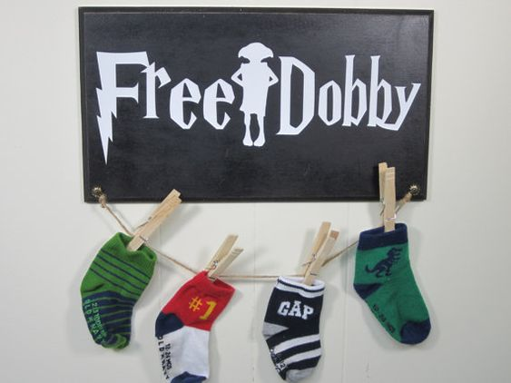 Lost Sock Laundry Room Hanger Vinyl Decal Craft Sign - Harry Potter Inspired - Free Dobby - House Elf:
