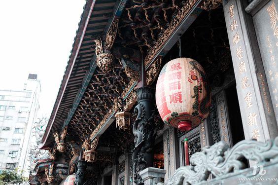 Những nét trạm trổ trang trí trong chùa