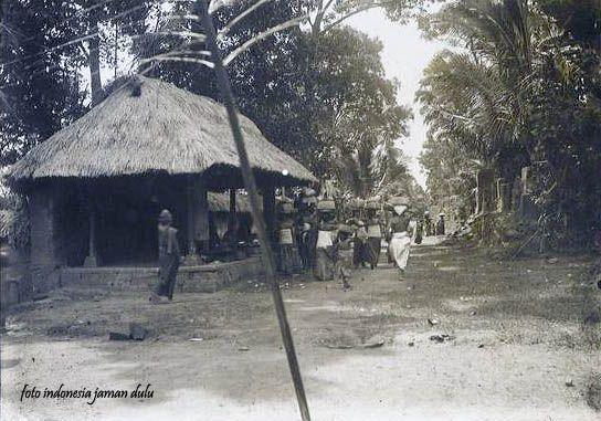 Perkampungan di Bali, sekitar 1920 (Dengan gambar)