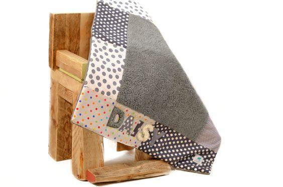 """Ztoff.Dogz Hundedecken: Kuschlige Handmade Hundedecke """"5 Shades of Grey """" mit Teddyplüsch, individualisierbar mit Namen auf www.ztoff.de"""