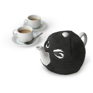Bankrobber tea cozy? Via Hiphopteashop's blog.