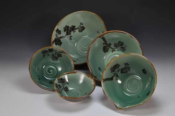 If I could, I would use umeboshi as inspiration for the decoration - wish I had these dishes.