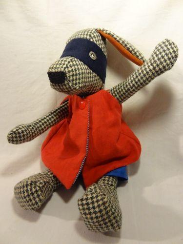 chien, poupées de chiffon, chien en tissus, doudou, compagnon enfant, confident enfant, tissus recyclés, jouet, fait main, modèle unique, vêtement poupée, tenue sportif, tenue super héros, tenue pyjama