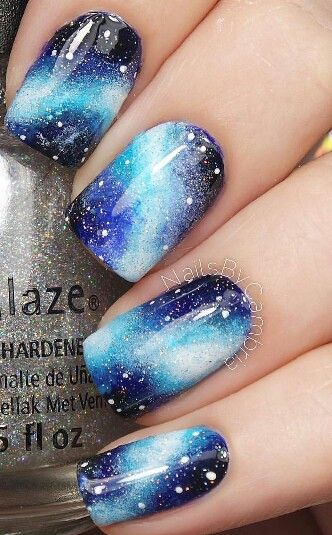 Galaxy blue nails: