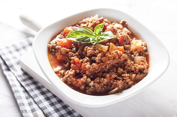 The picture above is an italian ragù of which there are 12 different types as listed by the Italian Cooking Academy (l'Accademia Italiana Della Cucina). By far, the most popular of all is ragù Bolognese, otherwise known as Bolognese sauce or meat sauce. It's important to distinguish the difference between a ragù and a meat sauce in this case however. Lasagne is made using a ragù where the meat (70%-80% of the content) outweighs the tomato whereas a meat sauce is a tomato-based sauce that…
