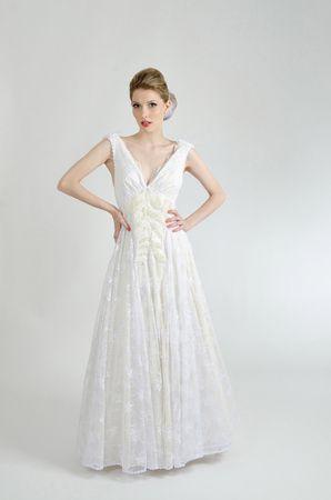 Marca Pós de Arroz lança coleção de vestidos inspirada em bonecas de papel