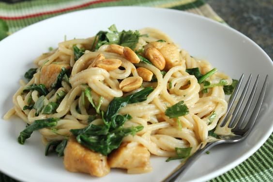 Peanut Noodles with Chicken & Greens {Low-FODMAP, Gluten-Free, Dairy-Free, Egg-Free}