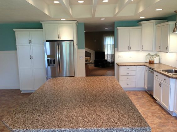 thomasville cabinets staggered cabinets island