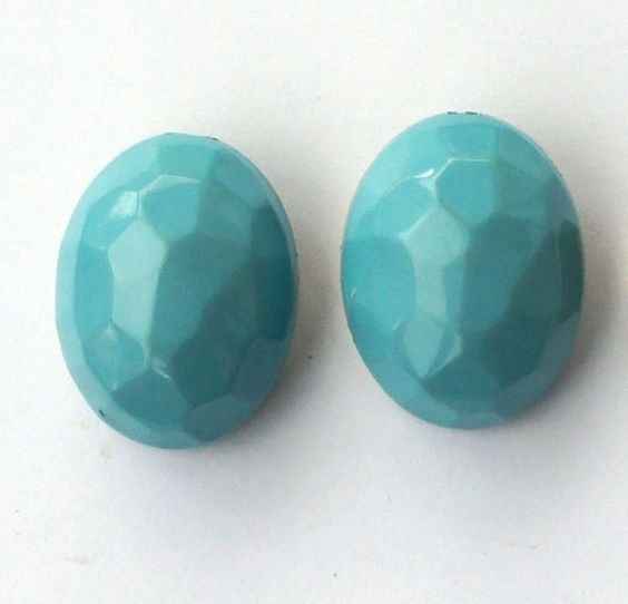Turqouise vintage earrings. pastels!