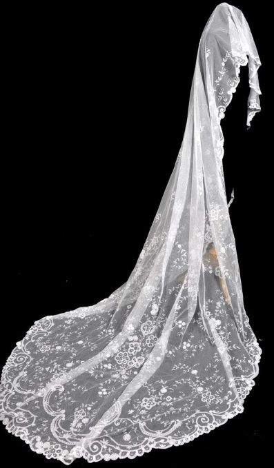 Antique Brussels Lace Wedding Bridal Veil