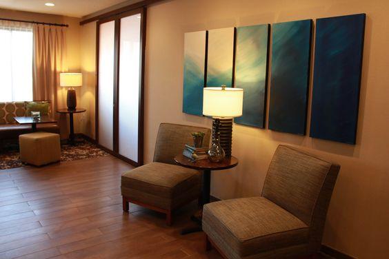 Hampton Inn-Tiffin, Ohio  Perfect Mix Lobby