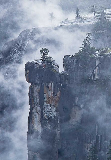 Precipice and fog, Merced River canyon, Yosemite National Park, CA.  Photo: Robin Black Photography, via Flickr