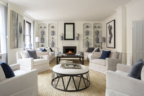 993 Park Ave 5e Co Op Apartment Sale In Upper East Side Manhattan Apartment Interior Blue And White Living Room New York City Apartment