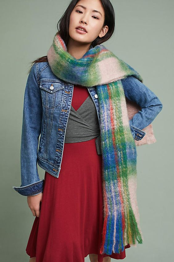 Slide View: 1: Mattie Plaid Scarf