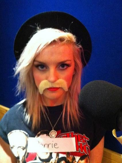 Perrie Edwards ♡♡