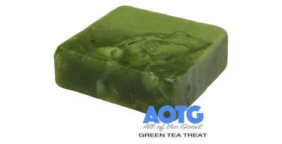 Green Tea Treat – Sweet Cleansing Detox Soap.   Our Green Tea Treat is sweet smelling, non-toxic and leaves your skin fresh and clean. It's a smooth cleanser with anti-bacterial properties.   The anti-oxidants help to protect your skin and is ideal for people suffering from acne or with a dry, sensitive skin..